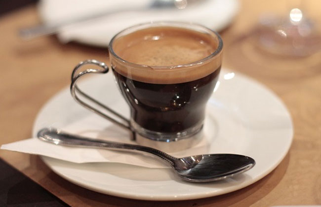 http://kofella.net/images/stories/vseokofe/kofe-doppio-dvoynoy-espresso.jpg