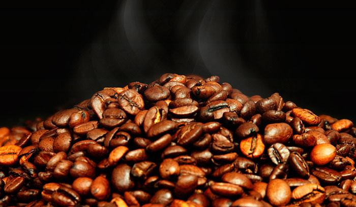 Как кофе влияет на выработку холестерина