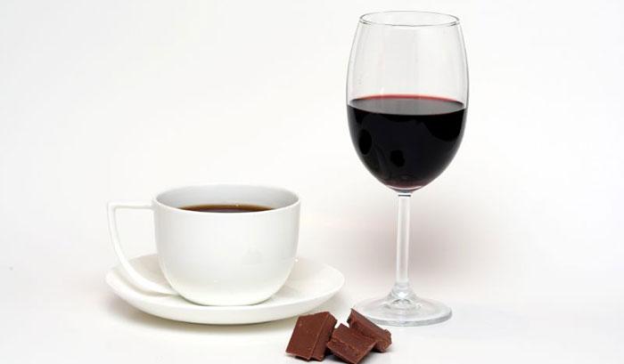 С каким алкоголем кофе пьют во Франции